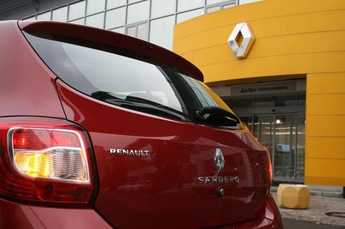 Renault снижает цены на Renault Logan, Sandero и Sandero Stepway