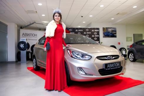 «Мисс Россия» получила ключи от нового Hyundai Solaris