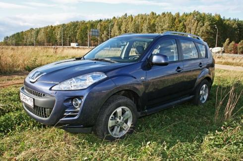 «Под осенними ветрами»: путешествие Москва-Углич на Peugeot 4007