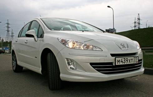 Тест-драйв «вне очереди»: Peugeot 408 AT