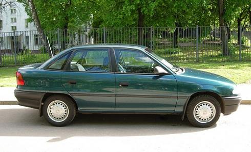 Бизнес по-русски (Opel Astra F).