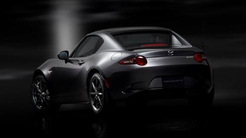 Мировая премьера Mazda MX-5 с жестким верхом