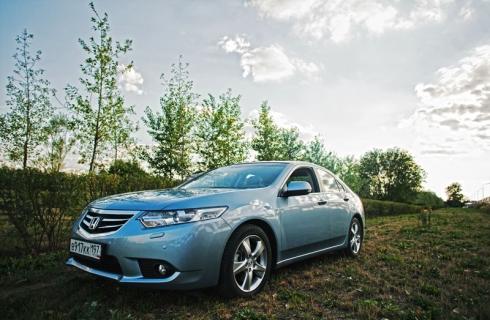 Honda Accord 2011: новый друг лучшего старого?
