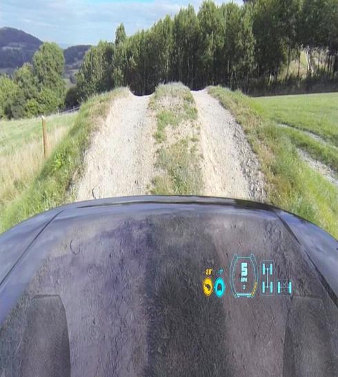 Jaguar Land Rover представляет новую технологию «Прозрачный капот»