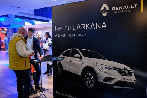 Renault ARKANA – официальный автомобиль премьерного показа фильма «Звёздные войны: Скайуокер. Восход».