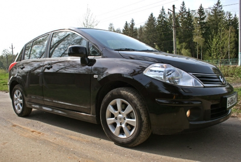 Nissan Tiida (HB 1,6 4AT)