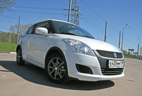 Suzuki Swift 3D 4AT