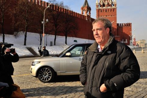 Компания Jaguar Land Rover Россия предоставила автомобили команде шоу  Top Gear Live в Москве