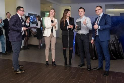 Победитель акции «Встречай новый год с BP» от сети МАЗК BP и АСЦ выиграл INFINITI QX60