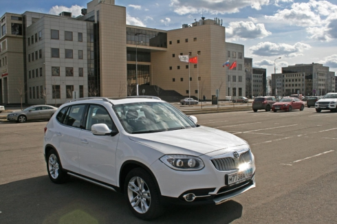 Тест-драйв: Brilliance V5