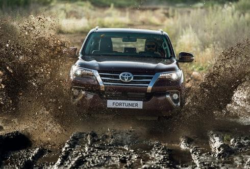 Новый Toyota Fortuner доступен в России